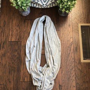Steve Madden light grey infinity scarf. EUC